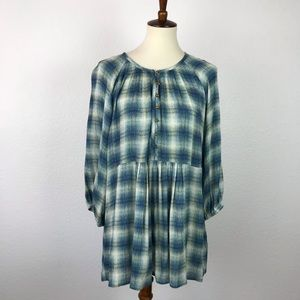 Anthropologie Maeve Calavon Plaid Tunic Top T408